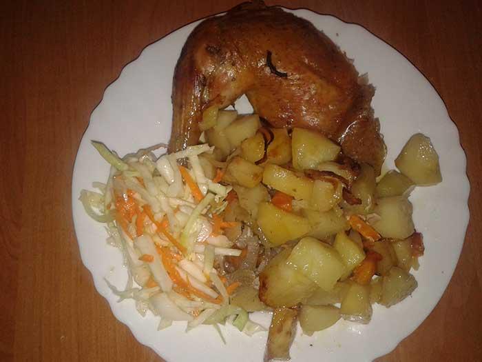 Запеченный цыпленок-бройлер с картофелем. Шаг 10.