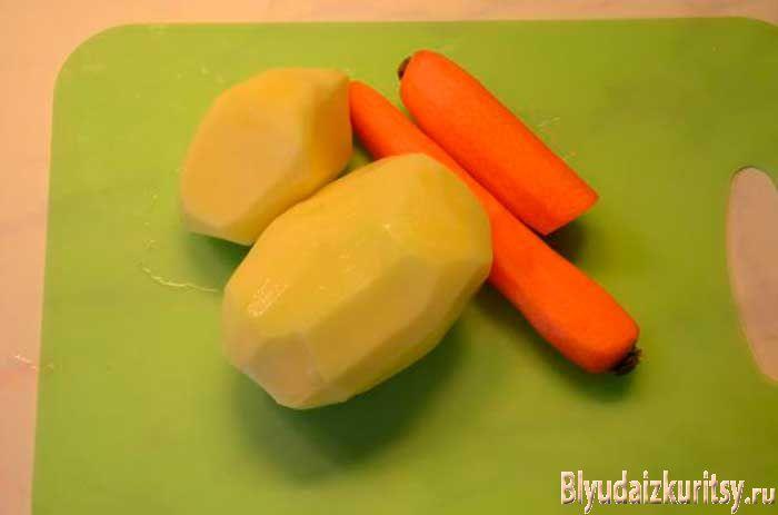 Легкий куриный суп с вермишелью. Шаг 2.
